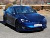 틀에 얽매이지 않은, 매력적인 전기 자동차 - 테슬라 모델S 90D 시승기