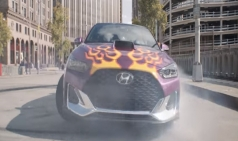 어디선가 많이 보던 차가 영화에 나왔다.