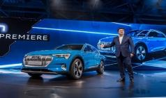 아우디의 첫 전기차, 'e-트론' 최초 공개