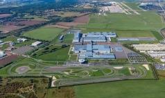 포르쉐 AG, 차세대 포르쉐 마칸 전기차 생산 계획 발표
