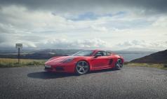 포르쉐 AG, 제네바 모터쇼에서 911 카브리올레, 718 T, 마칸 S 공개