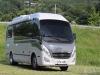 캠핑카로 변신한 중형 버스 레스타