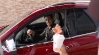 자동차에서 간편한 주문 GM 마켓 플레이스