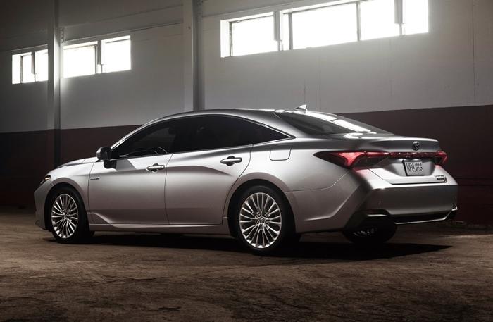 Toyota-Avalon-2019-1600-15.jpg
