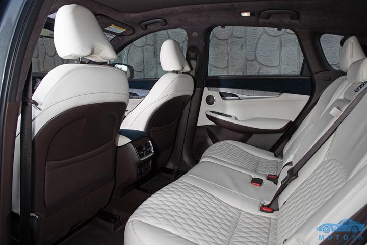 -03- [인피니티] 더 올-뉴 QX50 (The All-New QX50) Interior (10).jpg