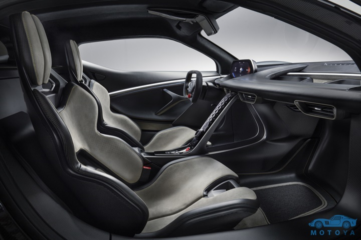 3_Lotus_Evija_Interior_03.jpg