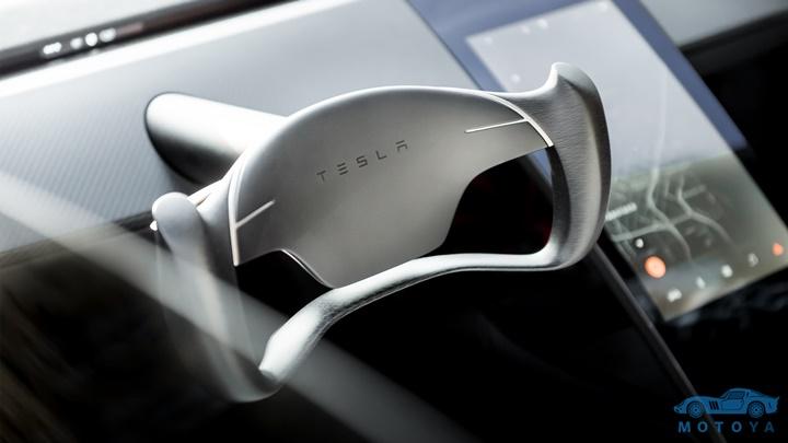 Roadster_Steering_Wheel.jpg