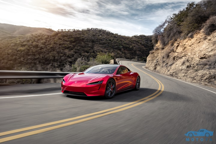 Roadster_Front_3_4_Canyon.jpg